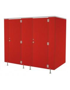 cabinas de duchas, WC y vestuarios.
